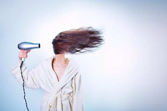 mitos sobre la caida del cabello imagen