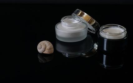 cosmetics-2527386_640 (1)
